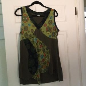 One-of-a-kind sleeveless Tunic top, green size L